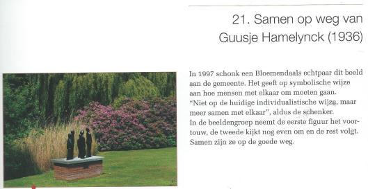 Bronzen sculptuur 'Samen op weg' door Guusje Hamelyck, in het Bispinckpark te Bloemendaal