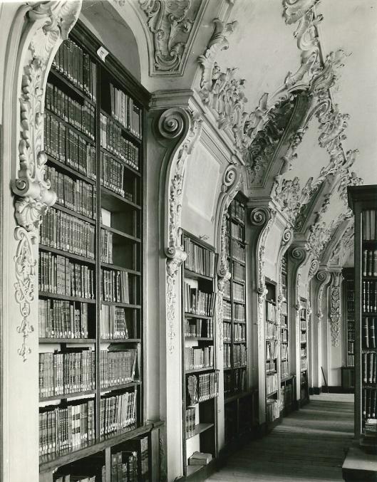 Foto van rococo-bibliotheek in Rolduc