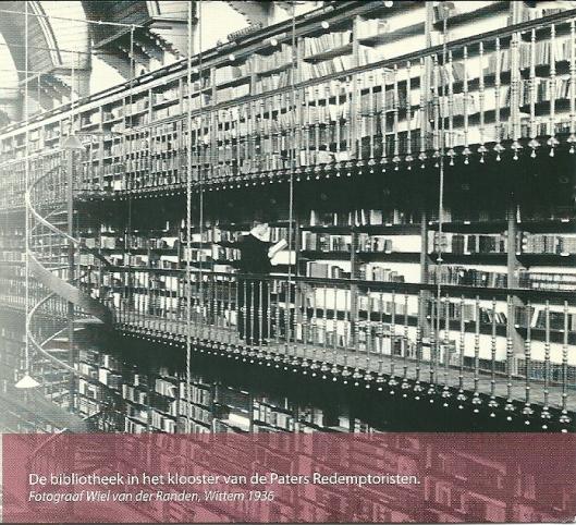 Bibliothek van het klooster der paters Redemptoristen in Wittem (foto Wiel van der Randen, 1936/nbd-biblion 2009)