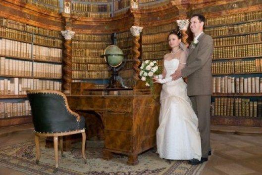 Trouwen in een historische bibliotheek kan o.a. in Rolduc