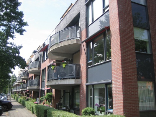 Appartementencomplex Westerduin aan de Eykmanlaan, hoek Herenweg Heemstede