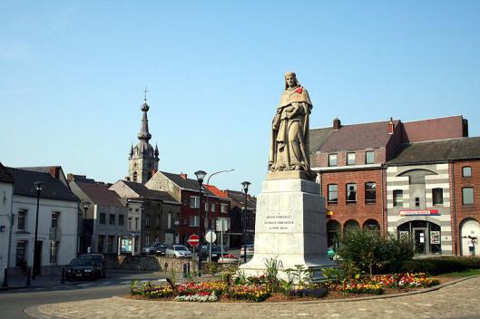 Stabdbeeld van Jean Froissart in Chimay, België