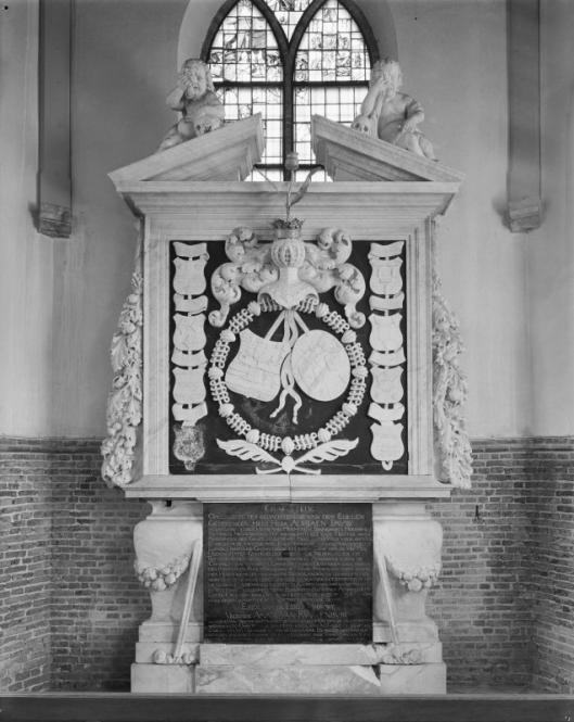 Grafmonument Adriaan Pauw in Oude Kerk Heemstede (foto G.J.Dukker)