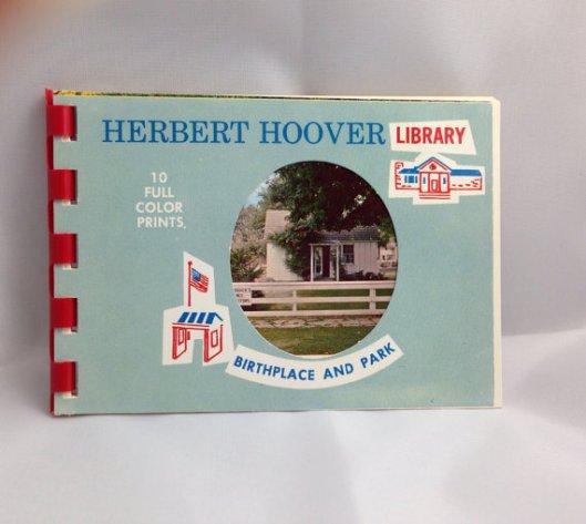 Vooromslag van fotoboekje gewijd aan de Herbert Hoover Library