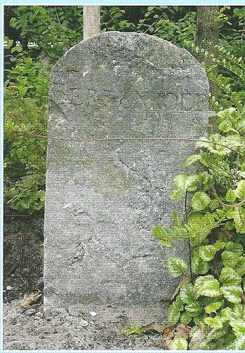 Grenspaal Heemstede - Berkenrode, Eijkmanlaan. Vermoedelijk daterend uit 1806