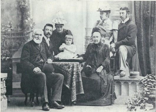 De familie Van Verschuer-Brants in 1893. V.l.n.r. Baron B.A.Van Verschuer, Charles, Henriëtte, Mädi, barones Van Verschuer-Brants, Anna en Volkmar.