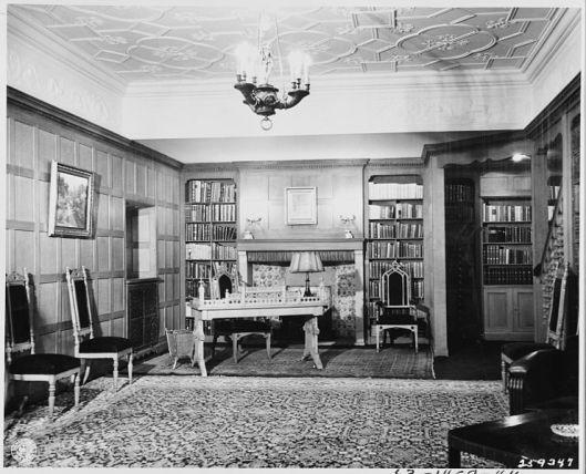Kantoor en bibliotheek van president Harry S.Truman in het Amerikaans kwartier van Cecilienhof, Potsdam, juli 1945
