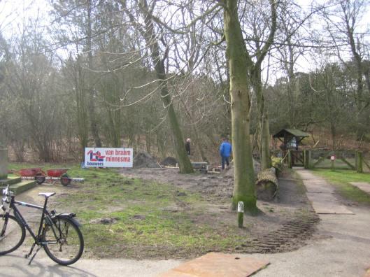 Op 5 maart 2015 is begonnen met het grondwerk voor een Joods herdenkingsmonument in Heemstede met de namen van 163 vermoorde tijdens WOII vermoorde personen, dat april/mei gereed komt.