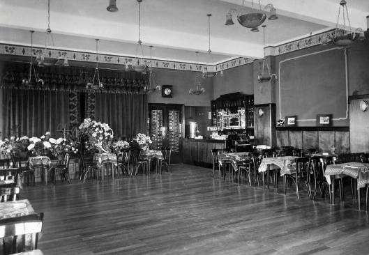 Interieur van grote zaal in  'Boekenrode', 1929