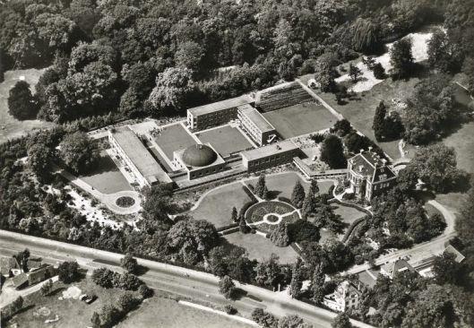 Luchtfoto van Bosbeek na de uitbreidingen