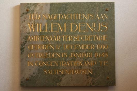 Gedenksteen ter ere van de in Sachsenhausen omgekomen gemeenteambtenaar Willem Denijs