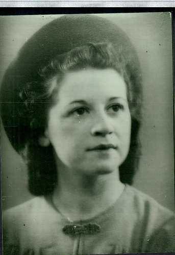 Portret van Helena Elisabeth Goudeket (foto Edward Gezang, Solna/Zweden)