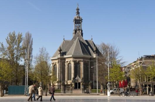 De Nieuwe Kerk aan het Spui in Den Haag, waar Reinier Pauw in 1676 is begraven.