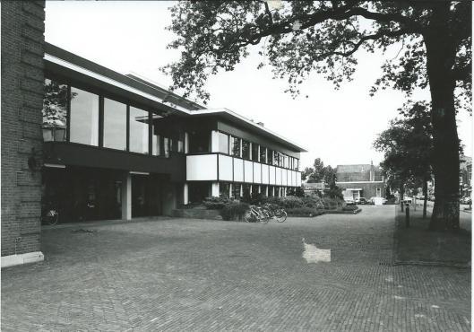 De Aanbouw van het Raadhuis Heemstede na 1966.