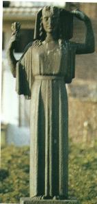 Door Johan Limperrs in 1940 vervaardigd beeld en in 1969 aangekkocht ter herinnering aan deze beeldbouwer/verzetsman. Geplaatst in de Johan Limpersstraat te Amsterdam. Vooorgesteld is Kora, dochter van Zeus.