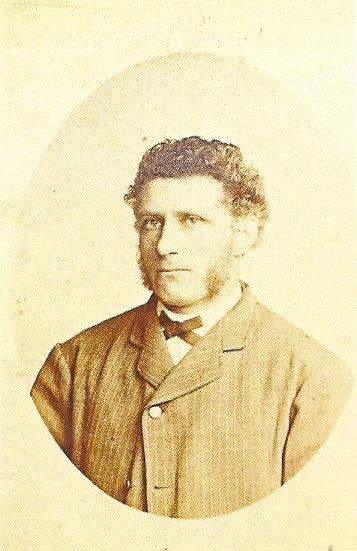 Hendrik Herman Höcker die in 1869 molen De Nachtegaal op de Glip in Heemstede aankocht.
