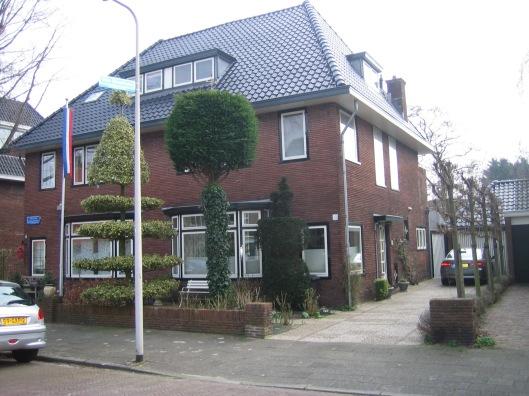 Het dubbelpand Johannes Verhulstlaan 32-34 in Heemstede