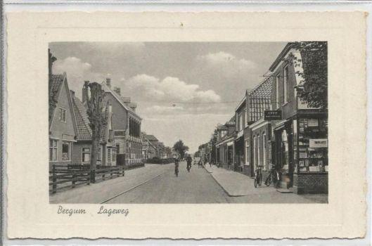 Leesbibliotheek aan de Lageweg in Bergum