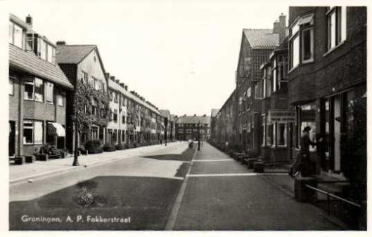 Leesbibliotheek in A.P.Fokkerstraat, Groningen