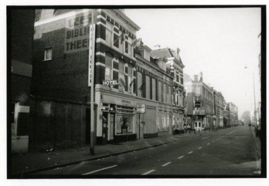 Muurreclame Leesbibliotheekl Hoefkade (Gemeentearchief Den Haag)