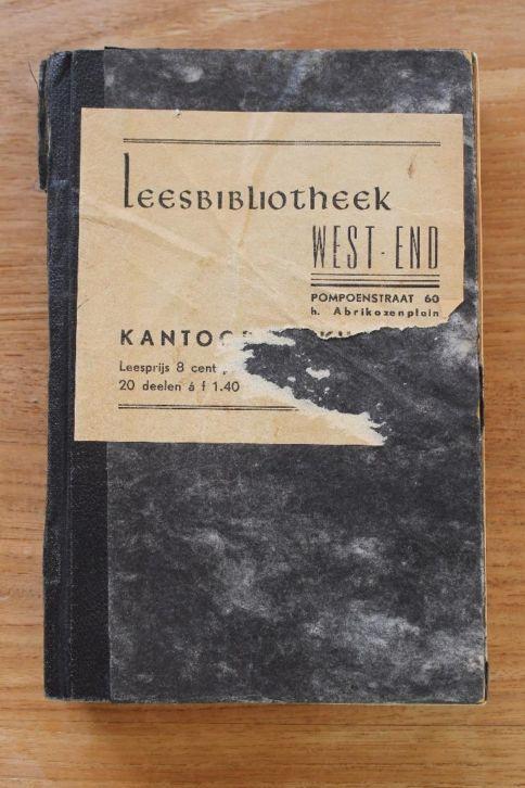 Boek uit leesbibliotheek West-End in Den Haag