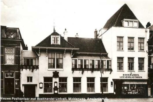 Boekhandel en leesbibliotheek Lintveld, Middenweg 54, Amsterdam (foto Jo Haen)
