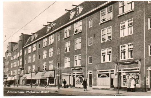 Boekhandel-leesbibliotheek, Molukkenstraat, Amsterdam (1954)