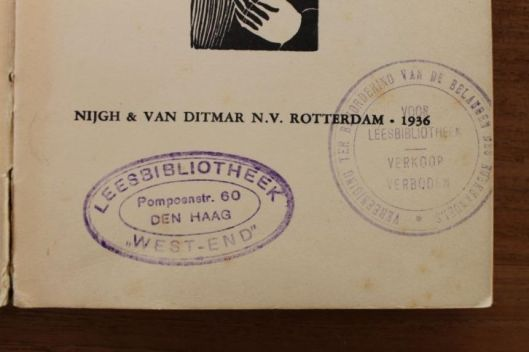 Stempel van leesbibliotheek West-End, Pompoenstraat 60, Den Haag