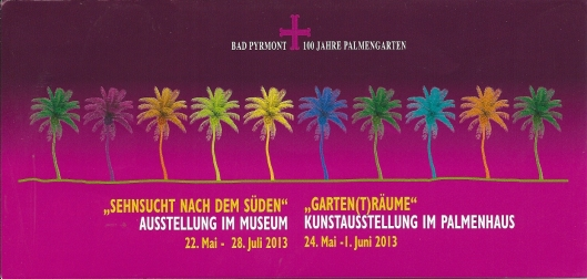 Voorzijde folder van tentoonstellingen in het slotmuseum en 'Garten(t)räume' in de Oranjerie, het Palmenhaus.