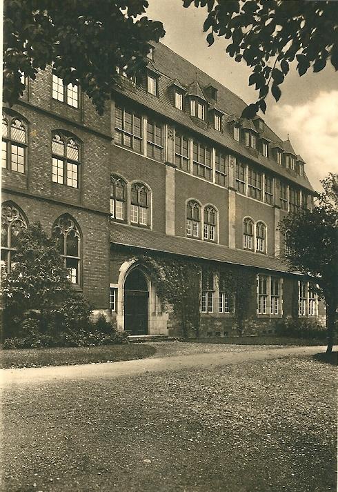 Ansichtkaart van 'Akademische Bibliothek Paderborn' uit circa 1930
