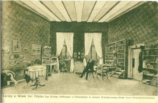 Hoffmann von Fallersleben in Corvey. De dichter en bibliothecaris in zijn werkkamer op een ansichtkaart uit 1915 naar een schilderij van Theodor Müller.