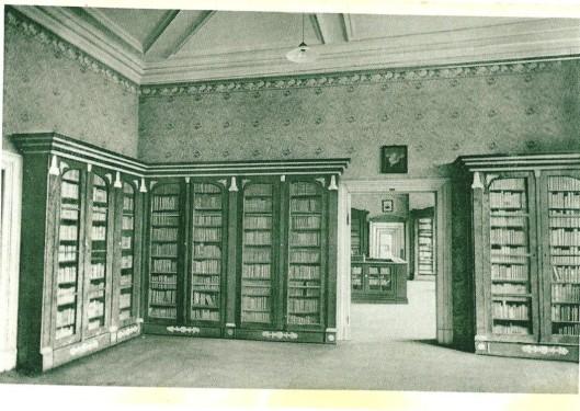 Fürstliche Bibliothek Corvey. Saal 12. Op een ansichtkaart uit omstreeks 1920