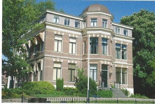 'Sancta Maria' als schoolgebouw aan de Haarlemse Dreef