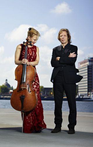 Larissa Groeneveld (celliste) en Frank van de Laar (pianist) die G.H.G.von Brucken Fock als componist herontdekten.