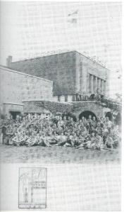 In 1937 brachten de Zweedse padvinders, inclusief prins Gustaaf Adolf, een bezoek aan de Hollandswese Zweedse Zaad Maatschappij Hilleshög aan de Leidsevaartweg in Heemstede, na 1924 gebouwd voor de BULB, het gebouw voor de Bloembollencultuur.