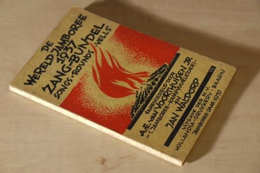In 1937 verschenen zangbundel ter gelegenheid van de wereldjamboree