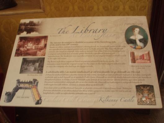 Informatiebord bibliotheek in Kilkenny kasteel