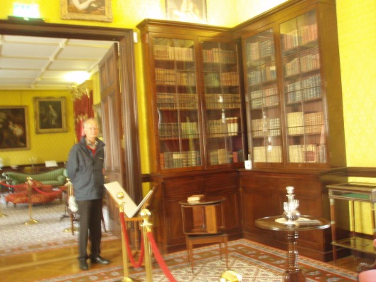 Hans Krol in bibliotheek Kilkenny kasteel (augustus 2013)