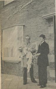 In 1972 opende mevrouw G.M.Bomans-Verscheure de r.k.basisschool Godfried Bomans (Haarlems Dahblad, 9 november 1972)