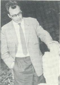 Godfried Bomans in Bloemendaal, circa 1966