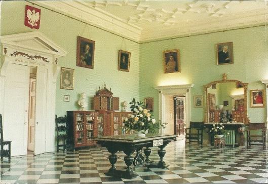 Nog een afbeelding op een ansichtkaart van de bibliotheek op Fawlwey Court in Helney-on-Thames, Oxfordshire
