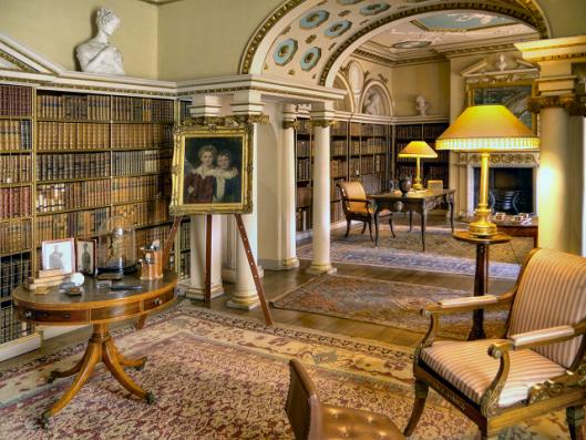 Shughborough Hall Library, nabij Stafford.Behoorde toe aan de graven van Lichfield, de familie Ansom. Tegenwoordig in beheer van The National Trust.