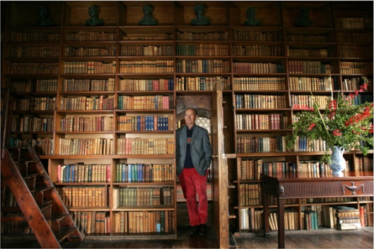 Tullynally castle library in Westmeath with its owner Fracis Packenham, 7th Earl of Longford.