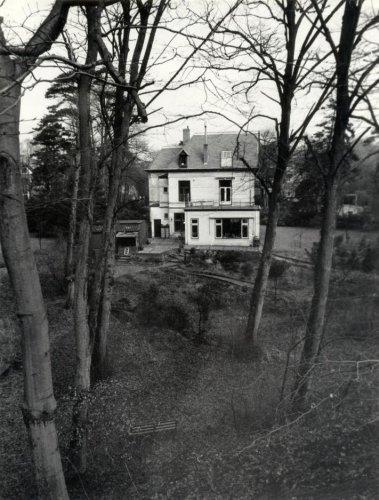 De villa van Bomans aan de Parkweg in Bloemendaal (foto De Nijs)