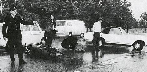 Het motorongelijk waarbij Jan Hanlo verongelukte had plaats op 14 juni 1969, op 16 juni overleed hij en 21 juni had de begrafenis plaats