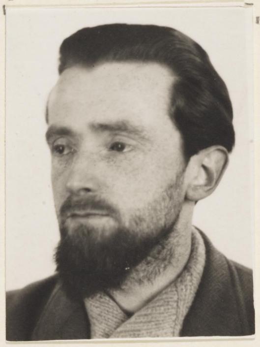 Jan Hanlo met baardje (foto Letterkundig Museum)