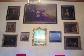 Museum De Amstelkring met midden boven het gezin van Jacob Dircksz. de Roy door Gerrit Claeszoon Bleker