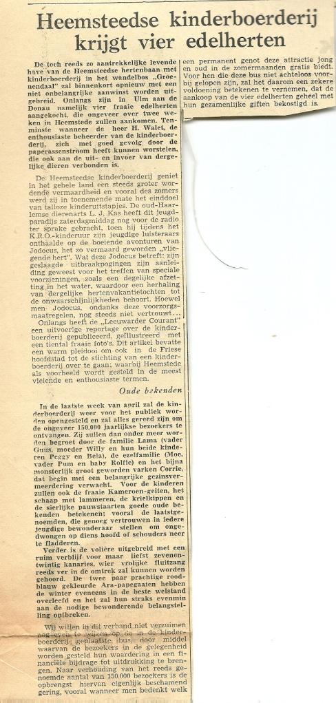 Vier edelherten voor kinderboerderij. Uit: Haarlems Dagblad van 21 maart 1957