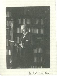 Dr. A.G..C. de Vries (1872-1936), oudste zoon en opvolger van R.W.P. de Vries (Uit boek P.J. Buijnsters, 2007