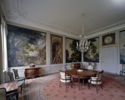 Interieur van salon Huis te Manpad met behangselschilderingen van Jurriaan Andriessen (foto A.J.van der Wal)